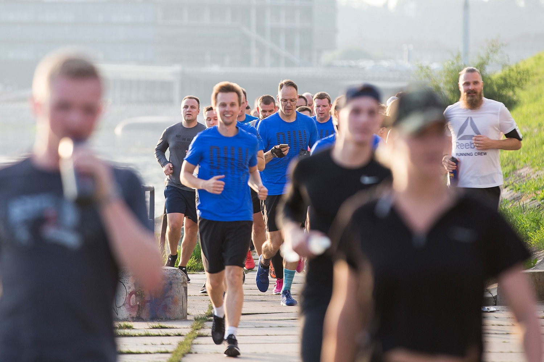 Bėgant su grupe lengviau įveikti distanciją ir pasiekti tai, ką užsibrėžei